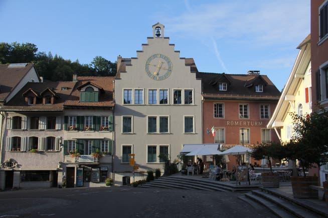 In der Brugger Altstadt gibt es «zeitnahe Bewilligungen» für die Vergrösserung der Aussenflächen von Restaurants.