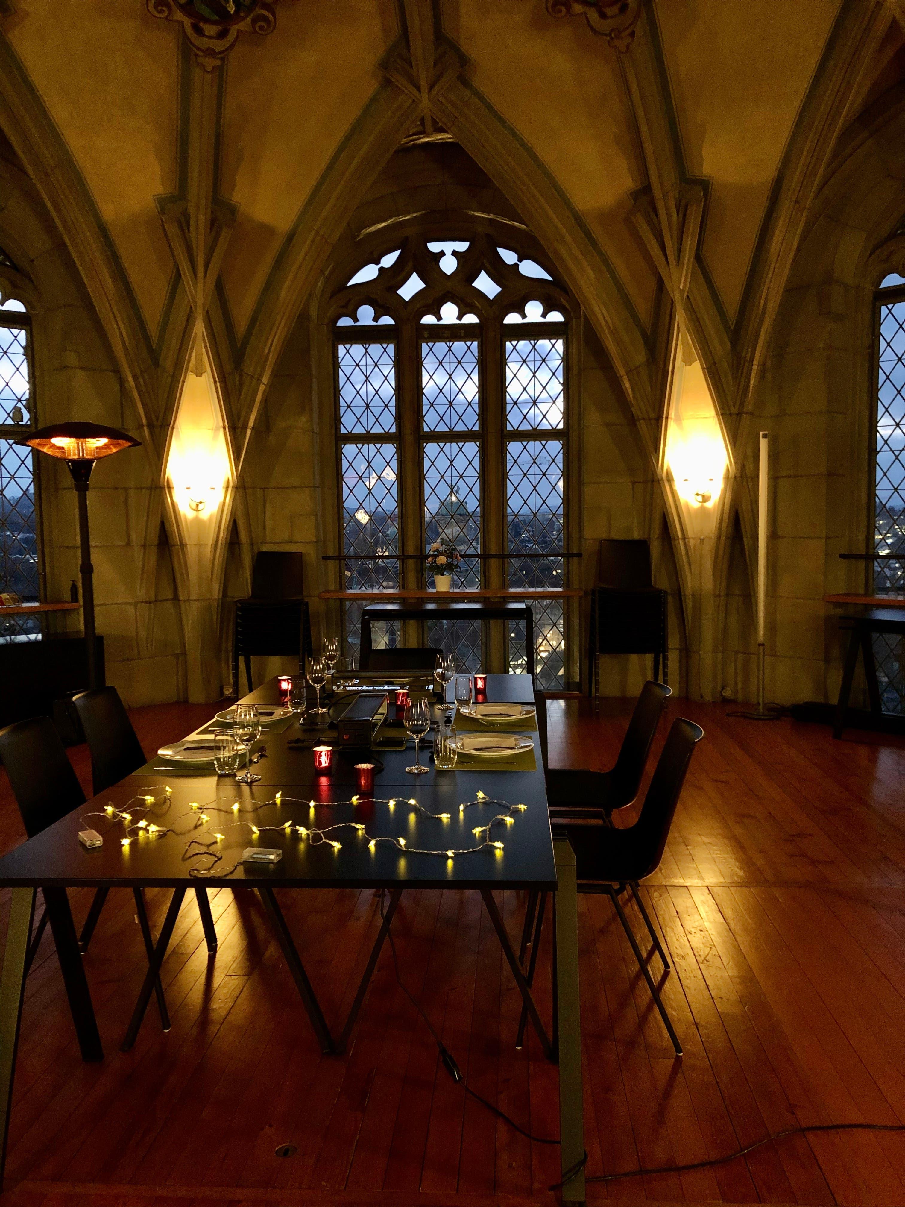 Der Gewölbesaal – früher Estrich der Turmwartwohnung – wird auch benutzt für romantische Anlässe.