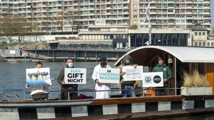 Petition gegen Syngenta: 30'000 Leute «wollen kein Gift in unserem Wasser»