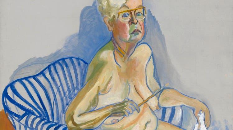 Alice Neel porträtierte Hunderte Menschen, viele aus der Unterschicht und einige in diesem blau-weissen Sessel. Sich selbst nur zweimal. 80-jährig und endlich anerkannt, vollendete sie dieses berührende Selbstporträt. (National Portrait Gallery/Estate Of Alice Neel / Aargauer Zeitung)