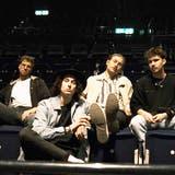 Die Band Daens, bei der drei Urner und ein Schwyzer mitspielen, taufen ihre EP «Misses» in einem Online-Konzert. (Bild: PD)