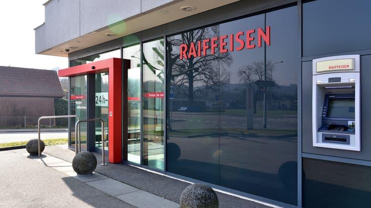 Dem Gretzenbacher Bankautomaten geht es am 30. September an den Kragen. (Bruno Kissling/Archiv)