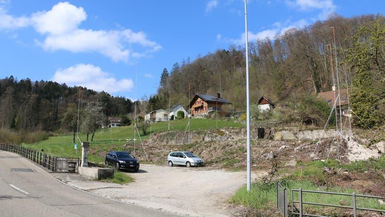 Im Mühlenareal in Eiken an der Schupfarterstrasse entstehen 38 Wohnungen. (Bild: Dennis Kalt / Aargauer Zeitung)