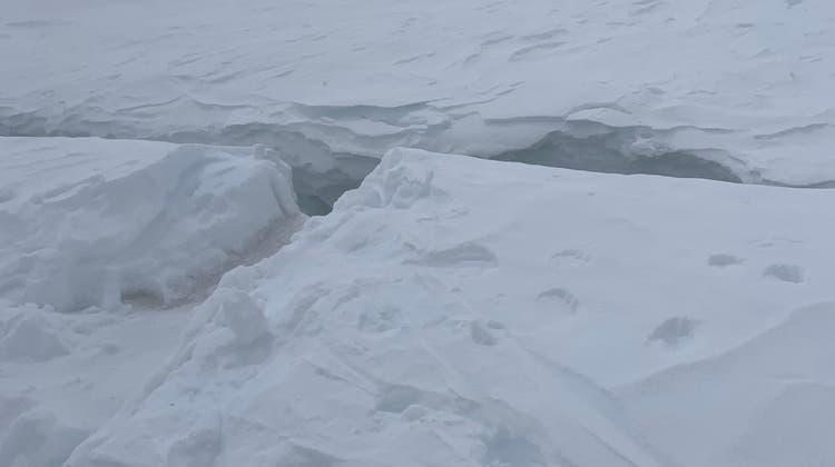 Ein 48-jähriger Walliser starb nach einem Sturz in eine Gletscherspalte. (Kapo VS)