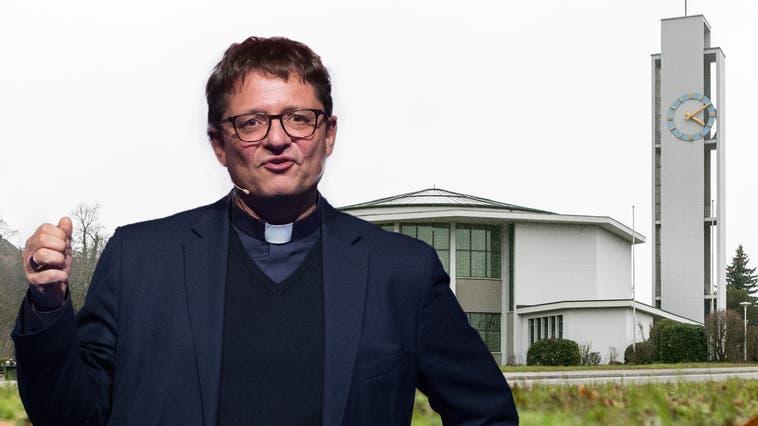 In der katholischen Kirche Turgi finden immer noch Messen statt – im «Horizonte» wird aber nicht mehr darauf hingewiesen. (Alex Spichale (2016))