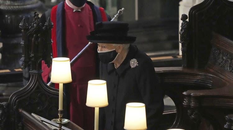 Queen Elizabeth II trauert um ihren verstorbenen Mann, der über 73 Jahre an ihrer Seite stand. (Yui Mok / AP)