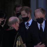 Royals nehmen Abschied von Prinz Philip – Harry spricht nach Trauerfeier mit William und Kate