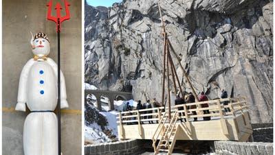 Seine Reise auf die Teufelsbrücke tritt der Böögg mit einem Dreizack und urnerischer Fliege mit Schöllenenschlucht an. (Bild: PD (Zürich, 17. April 2021))