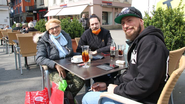 Jacqueline Thommen, Gastegeberin vom Cafe & Bistro Piazza in Frick, freut sich, dass sie wieder Gäste begrüssen darf. (Dennis Kalt)