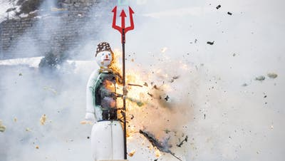 Dass der Böögg in der Schöllenen verbrannt wurde, ist vor allem eines: wertvolle Werbung für den Kanton Uri. (Bild: Urs Flüeler, Keystone (Schöllenenschlucht, 19. April 2021))