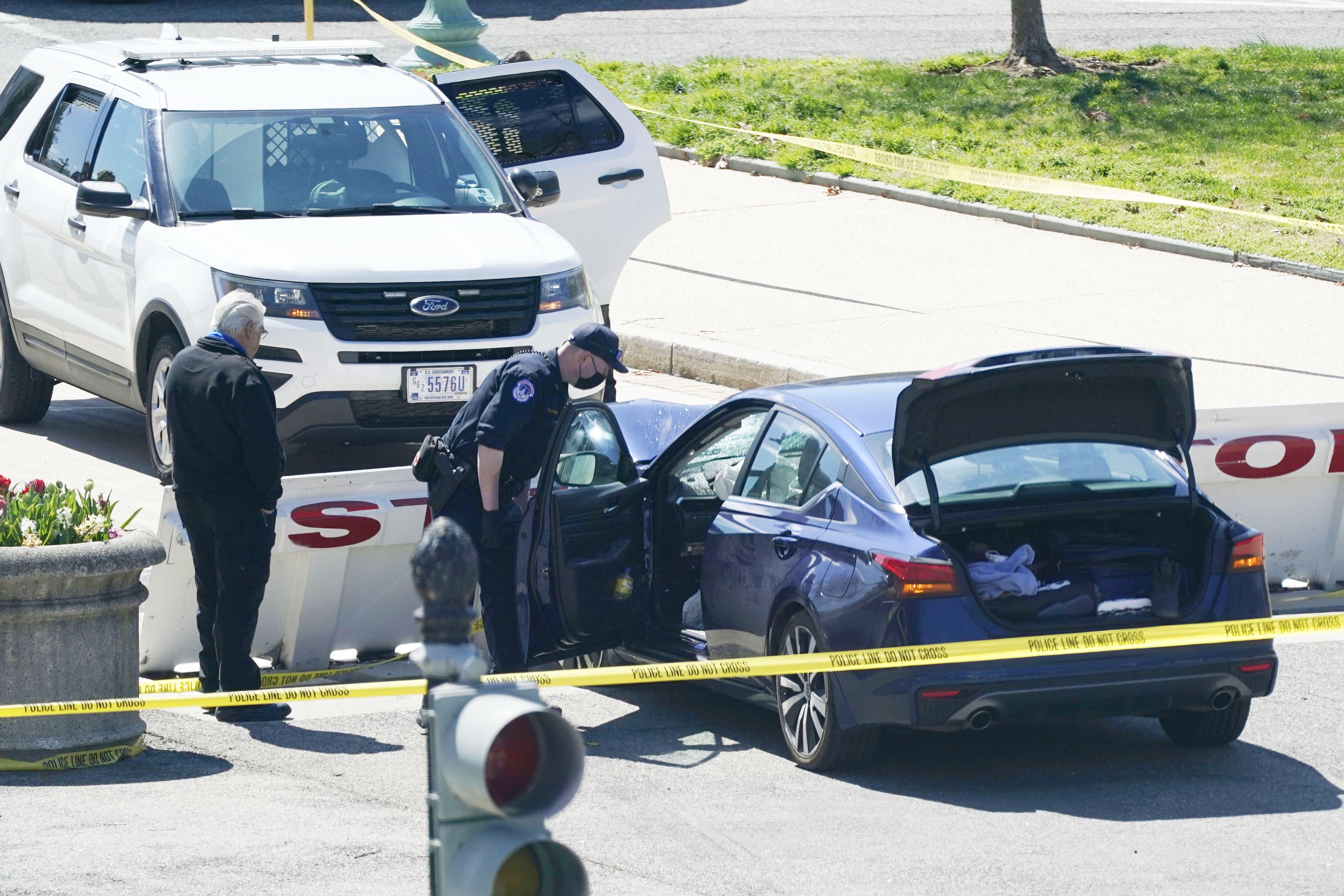 In Washington soll ein Auto eine Abstimmung sowie zwei Polizisten gerammt und verletzt haben.