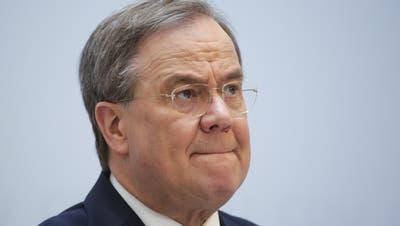 Hat sich gegen Widerstände der eigenen Basis durchgesetzt: CDU-Chef Armin Laschet will für die Union ins Kanzleramt. (Markus Schreiber / AP/April 2021)