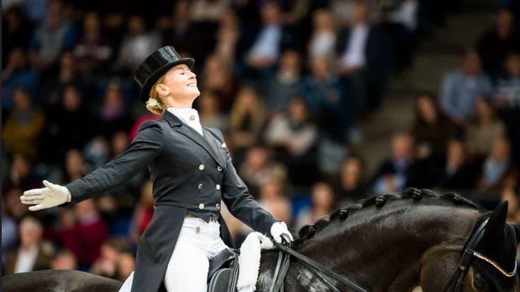 Ab 2022 heisst Basel die Dressur-Weltelite willkommen. Hier im Bild die Mannschaftswelt- sowie Europameisterin und Dritte der Weltrangliste, Jessica von Bredow-Werndl (GER) mit TSF Dalera BB. (zVg/FEI/Lukasz Kowalski)