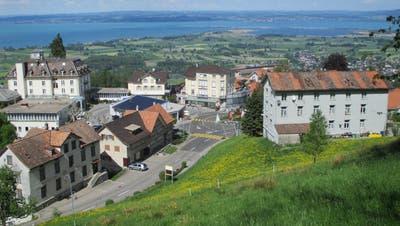 Zwar muss die Gemeinde Walzenhausen ihr Baugebiet um 4,4 Hektaren reduzieren. Hier im Gebiet Holzkirche soll aber neues Bauland eingezont werden. (Bild: APZ)