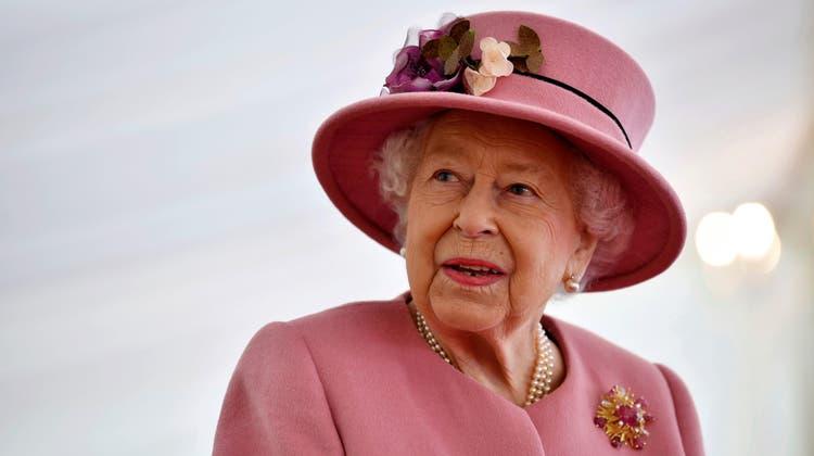 Nach wie vor ist Queen Elizabeth II. in groser Trauer. Ihr Ehemann, Prinz Philip, ist am 9. April verstorben. (Ben Stansall / AP AFP Pool)