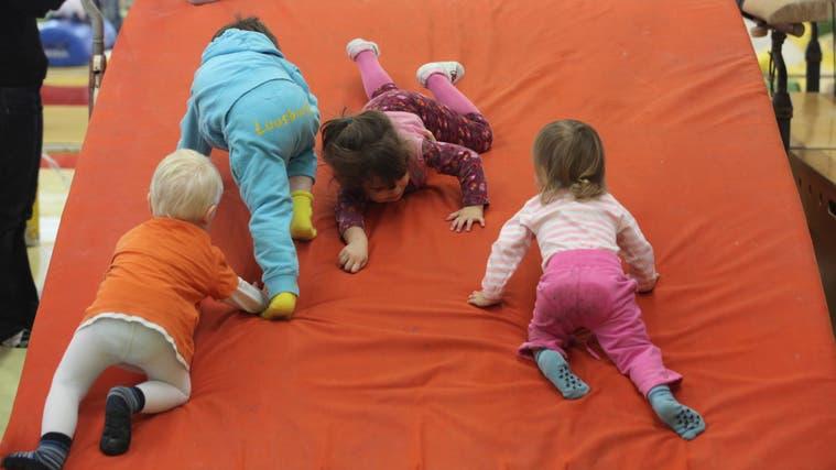 Die Kleinsten und ihre Eltern lernen bereits im Krabbeltreffwie Integration geht. (Archiv/sz)