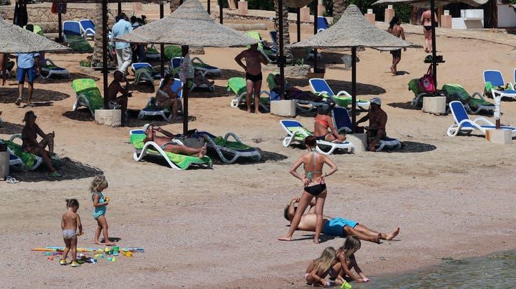 Strandferien in Hurghada gibt es für Schweizer ab dem 3. Mai nur noch mit Quarantäne inklusive. (Keystone)