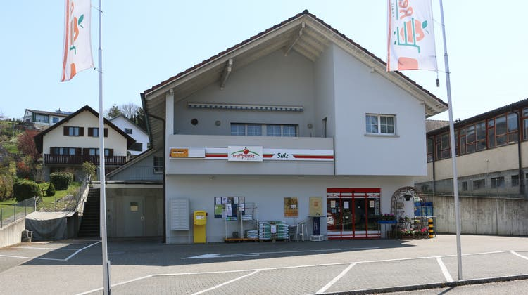 Der Laden an der Hauptstrasse im Laufenburger Ortsteil Sulz soll verkauft und neu gestaltet werden. (Dennis Kalt / Aargauer Zeitung)