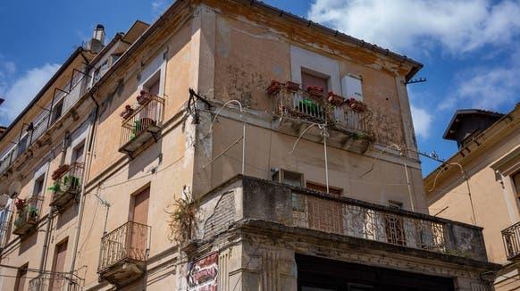 Ein Gebäude in der kalabresischen Stadt Catanzaro. (Imago images)