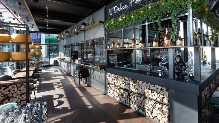 Die beiden Inhaber Pedro de Brito (links) und Dennis Mensen im neu umgebauten Restaurant Fusio. (Patrick Lüthy)