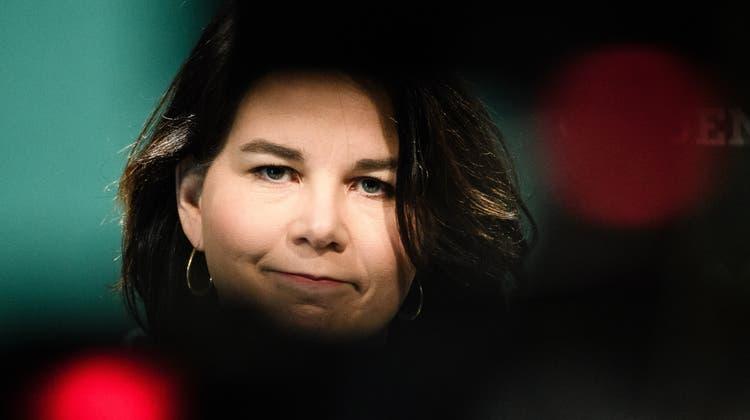 Der Geistschreiberdenkt über Annalena Baerbock Rollenfindung nach. (Clemens Bilan / EPA)