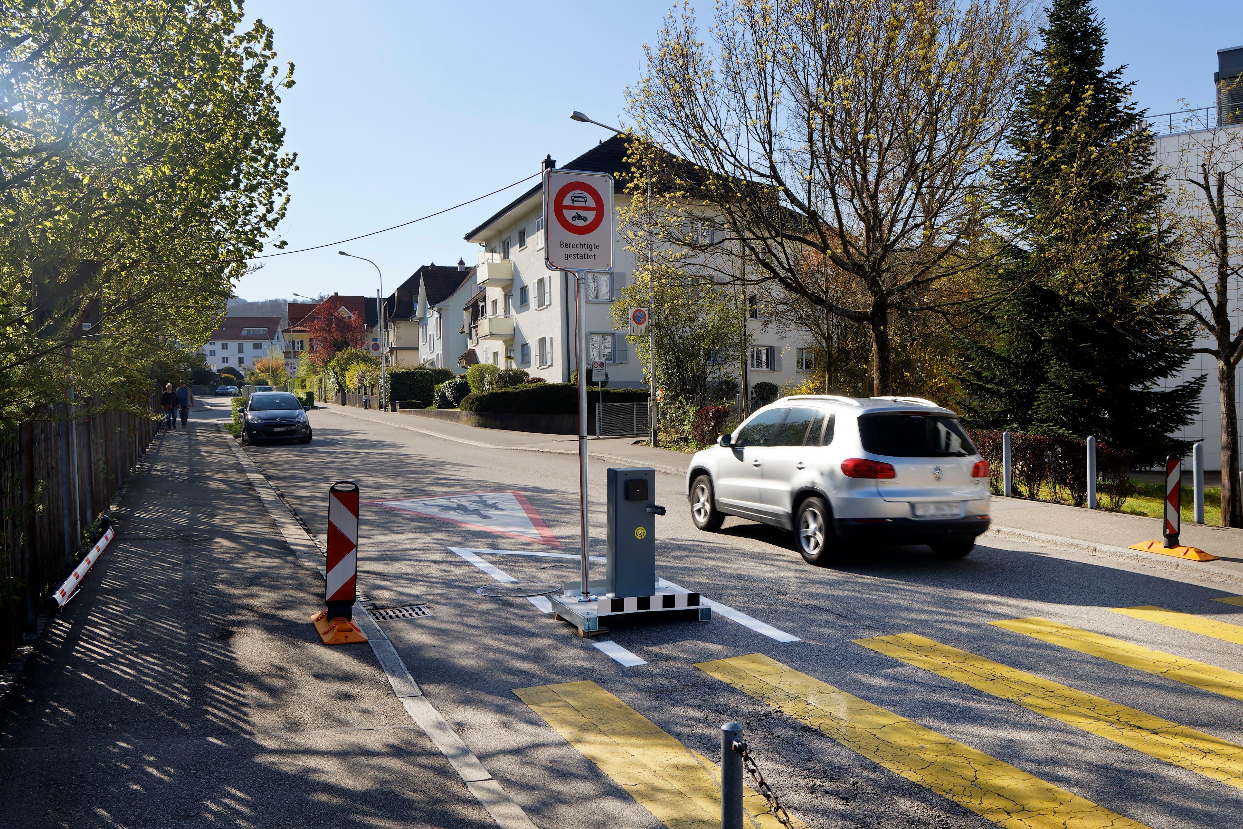Die defekte Schranke in der Riggenbachstrasse Olten.