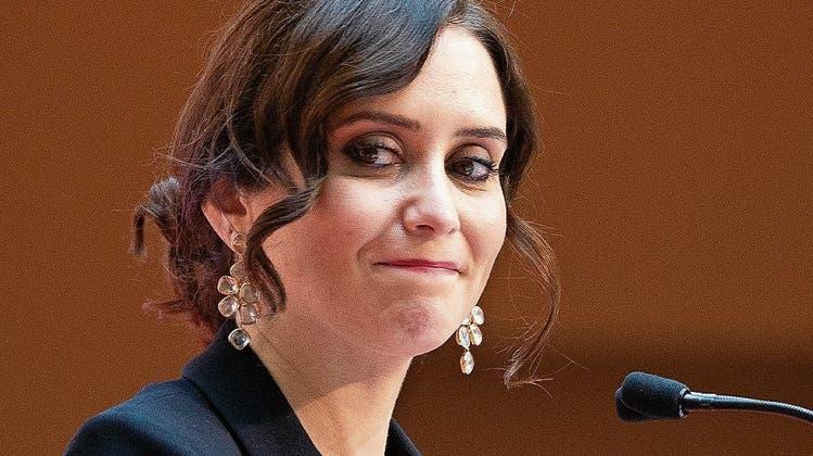 Sie ist die «Kneipenkönigin von Madrid» – und hat das Biertrinken zum politischen Programm erhoben