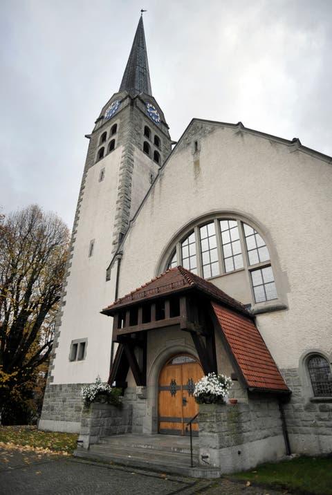 Die evangelisch-reformierte Kirche an der Zürcher Strasse in Bruggen.
