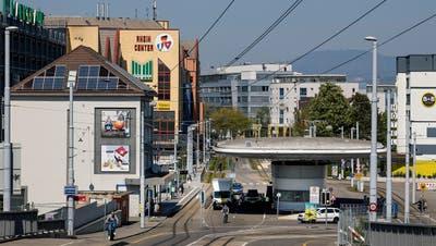 Der Einkaufstourismus nach Weil am Rhein kommt langsam wieder ins Rollen. (Kenneth Nars)