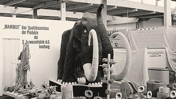 1943 wurde aus derSeilwarenfabrik AG Lenzburg Mammut Seile. Seit diesem Jahr wurde das Urtier auch zum Kennzeichen des Schweizer Alpin-Spezialisten. Es steht für Stärke und Kraft. (Zvg)