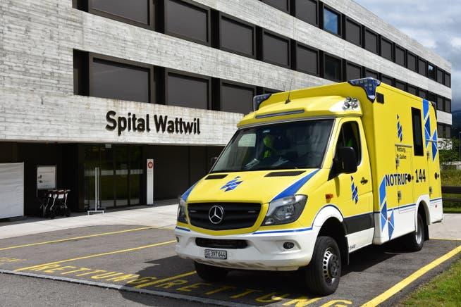 Das Spital Wattwil: Mitte Juni muss das Stimmvolk des Kantons St.Gallen über die Schliessung dieses Landspitals entscheiden.