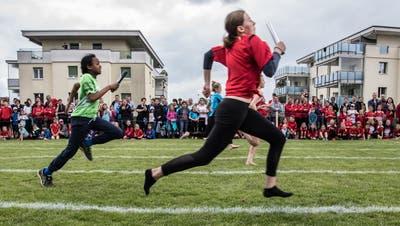 Staffellauf am Jugitag 2019 in Eschenbach (Bild: Nadia Schärli)