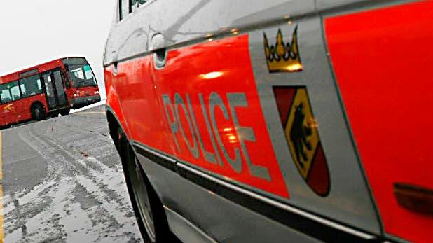 Im Berner Vorort Urtenen-Schönbühl hat die Kantonspolizei Bern eine Drogenkurierin im grösseren Stil festgenommen. (Symbolbild) (Samuel Thomi)