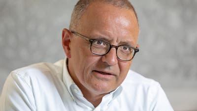 Der Aarauer Stadtpräsident Hanspeter Hilfiker hat während der Coronazeit Bauprojekte der Stadt vorantreiben können. (Chris Iseli)