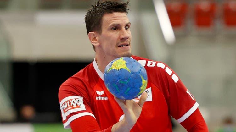 12 Tore gegen Weltmeister Dänemark: Andy Schmid ist einmal mehr der beste Akteur auf der Platte (Marc Schumacher / freshfocus)