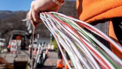 Die Swisscom setzt auf die Glasfaser. (Keystone)