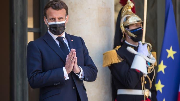 Wie bedrohlich werden die Generäle für Präsident Emmanuel Macron? (Christophe Petit Tesson / EPA)