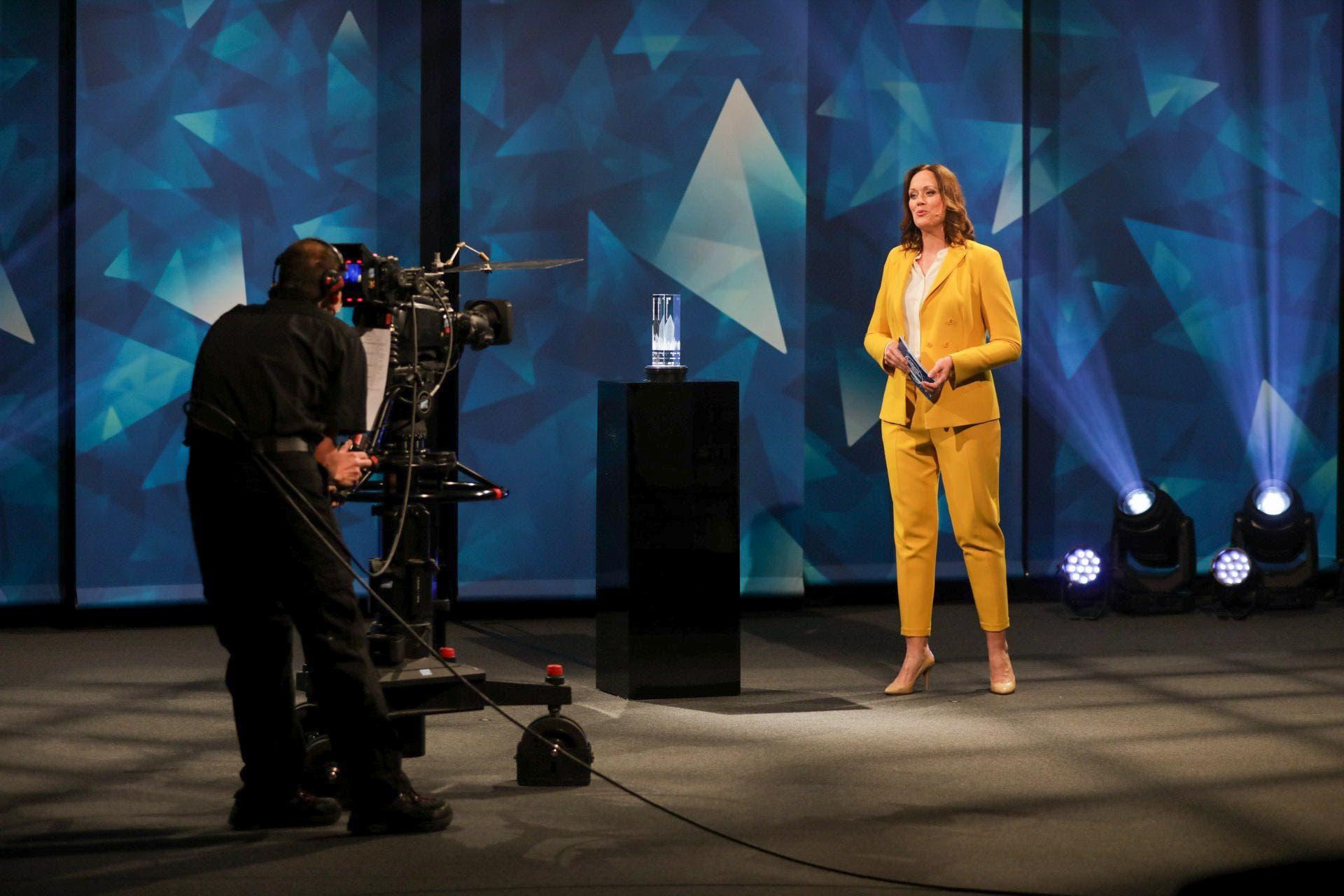 Tanja Gutmann moderierte die Verleihung des AKB Unternehmerpreis.