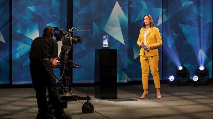 Tanja Gutmann moderierte die Verleihung des AKB Unternehmerpreis. (AKB/Sandra Ardizzone)