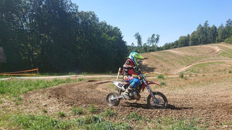 Für die beliebten Motocross-Trainings im Gebiet Engiloch/Buch muss der Geländeclub Wettingen nun eine Alternative suchen. (Bild: zvg)