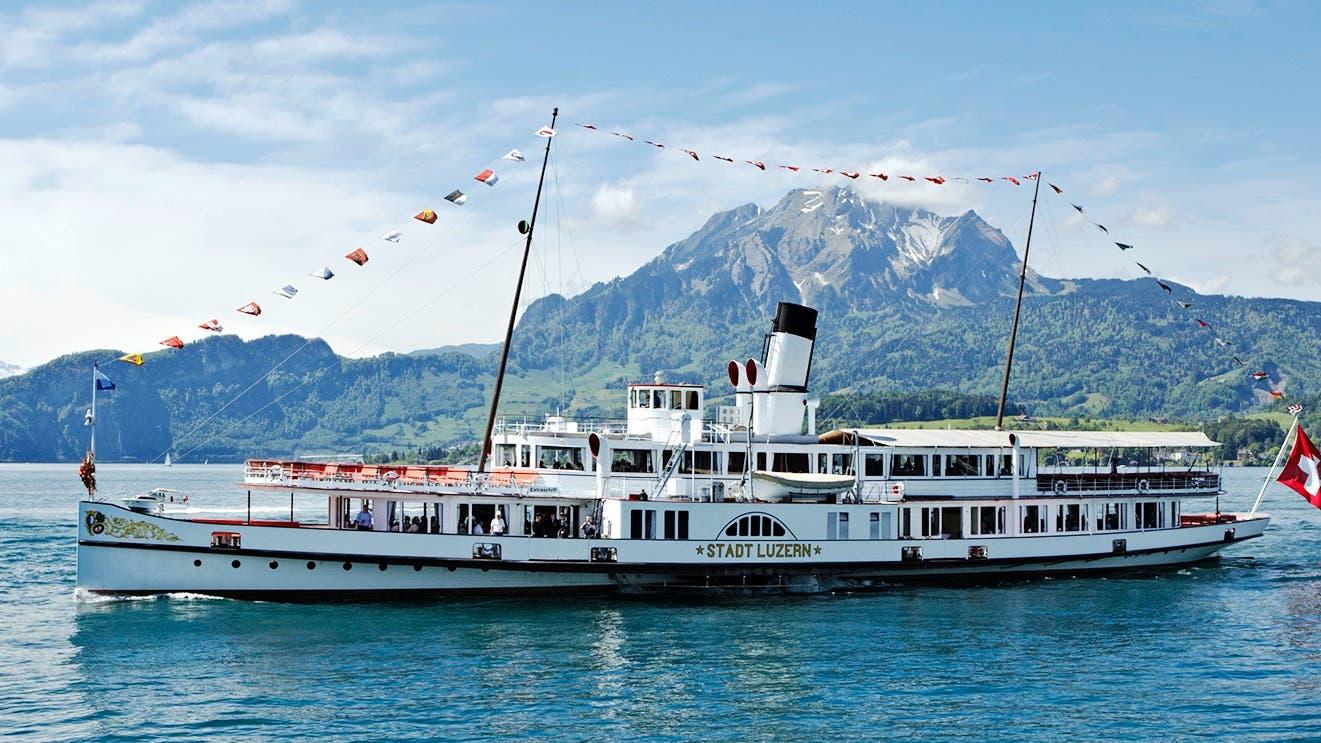Dampfschiff Stadt Luzern erstrahlt in altem Glanz
