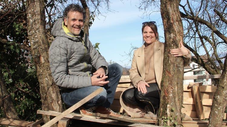 Patrick Horber und Jasmine Häni liegt das Wohl von Kindern besonders am Herzen. Für ihren Arbeitgeber, den Verein Tipiti, suchen sie nun weitere Familien, die vorübergehend ein Kind bei sich aufnehmen können. (Bild: Gert Bruderer)