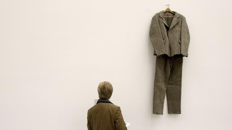 Der deutsche Künstler Joseph Beuys stellte seine Werke auch in der Schweiz aus, etwa 1979 im Kunstmuseum Luzern. (Keystone)