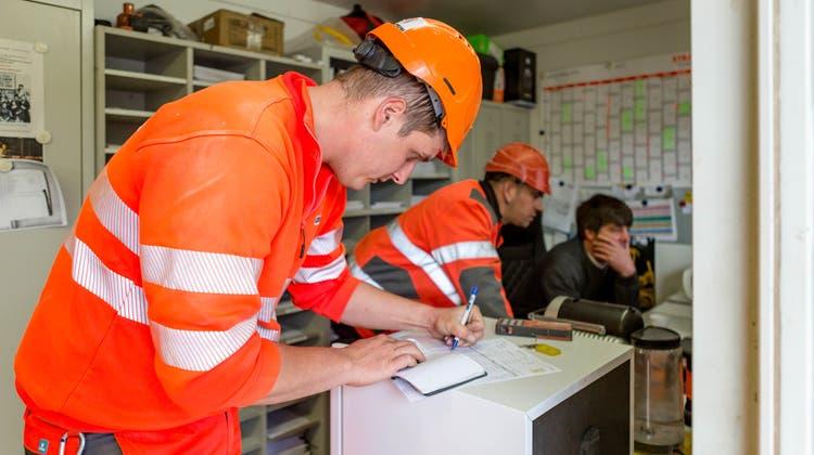 Mit dem neuen Leistungsvertrag beginnt eine neue, wohlkonfliktärmere Ära der Schwarzarbeitskontrollen im Baselbiet. (Sandra Ardizzone)