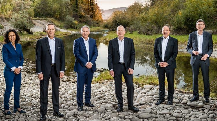 Medienkonferenz, von links: Jean-Pierre Gallati (SVP), Alex Hürzeler (SVP), Stephan Attiger (FDP), Markus Dieth (Mitte), Dieter Egli (SP). Bild:  brigut (Britta Gut)