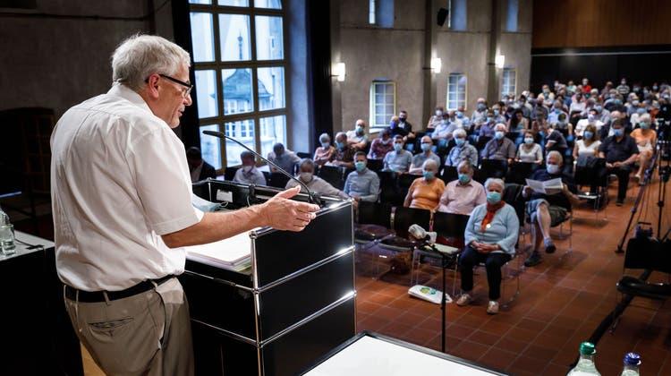 Die Gemeindeversammlung in Solothurn mit dem Stadtpräsident Kurt Fluri ist nicht auf die Vorschläge der RPK eingegangen. (Hanspeter Bärtschi)