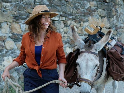 Trekking mit Esel Patrick: Die Komödie «Antoinette dans les Cévennes» mit Hauptdarstellerin Laure Calamy ist im Mai im Kinok zu sehen.