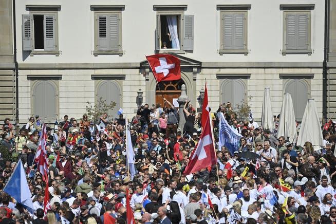 Demonstration gegen Coronamassnahmen, am Samstag, 24. April 2021, in Rapperswil: Ohne Bewilligung und ohne Masken.