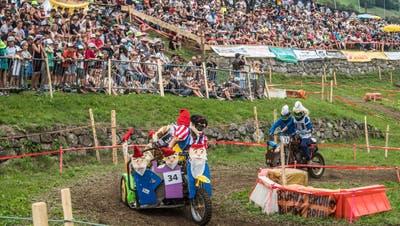 Das Spektakel sorgt für volle Ränge: Die Teffli-Rally lockt jedes Jahr Tausende Besucher nach Nidwalden. Dieses Foto stammt von der letzten Ausgabe im Jahr 2019. (Bild: Boris Bürgisser (Ennetmoos, 17. August 2019))