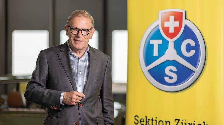 Reto Cavegn geht als Geschäftsführer der Sektion Zürich des TCS in den Ruhestand. Das Thema Mobilität wird ihn aber weiterhin beschäftigen. (Bild: Severin Bigler)